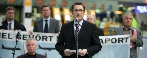 CDU kritisiert die selbstgewählte Isolation von Antenbrink beim Forum Flughafen und Region